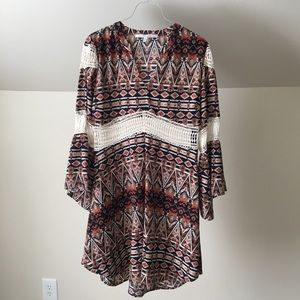 COLLECTIVE CONCEPTS Boho Flare Sleeves Mini Dress